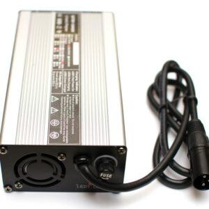 Chargeur rapide pour batterie SLA 36V / 4A - prise XLR