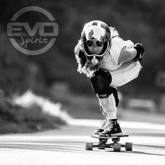 Laura-Lepoittevin---Team-Evo-Spirit-skate-électrique)