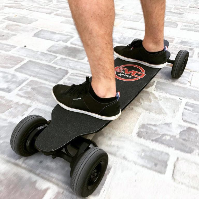 Testez le Skate électrique convertible Switcher chez Mobilitix