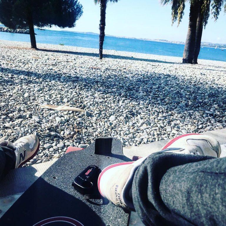 skate electrique longboard tout terrain cross