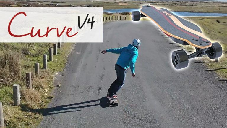 Curve v4 - Longboard électrique puissant, double moteur, plateau flex et batterie interchangeable