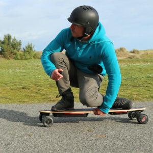 Curve v4 Skate-electrique-Longboard-puissant-double-moteur-flex-batterie-amovible